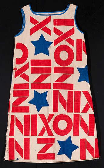 nixon_paper_dress
